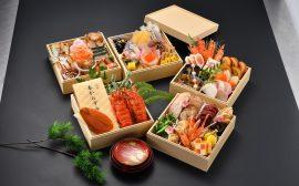 【高級な食材と華やかな五段おせちにワクワク!】