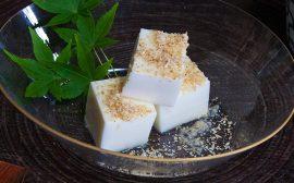 胡麻の風味も楽しめます! 牛乳豆腐