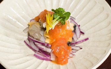旬の貝を使った冷製おつまみ あさりの和風トマトソース和え