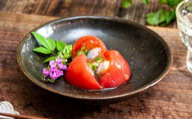 カラフルなお惣菜 夏野菜のトマトゼリー寄せ