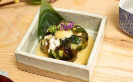 ミネラルたっぷりの一品 海藻と野菜のゼリー寄せ